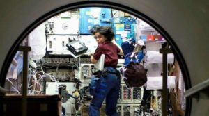 kalpana-chawla-in-the-space